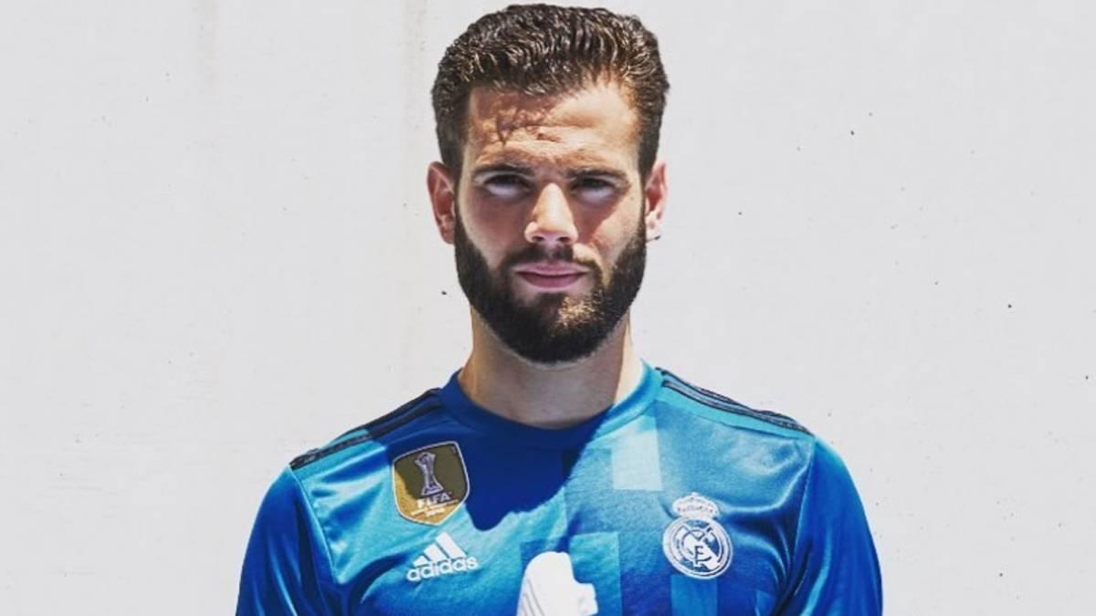 4890fcb07da Nacho unwittingly reveals Real Madrid s new third kit - AS.com