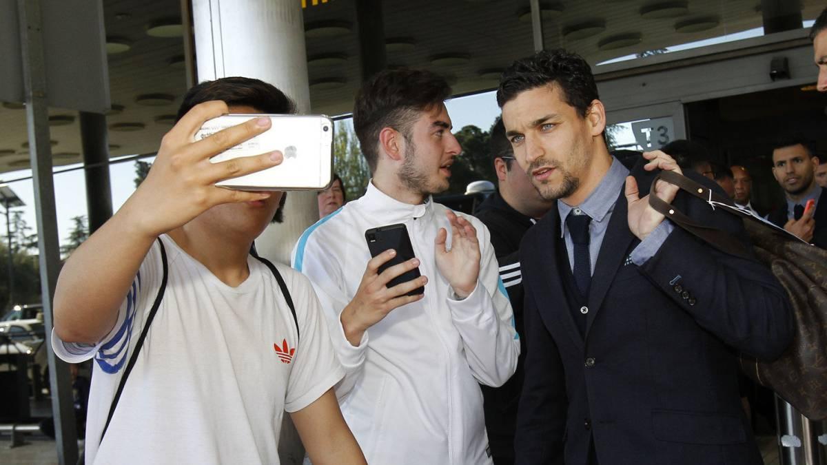 Jesús Navas firmó con Sevilla y se despidió del Manchester City