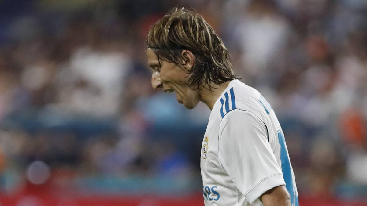 Modric out of Barcelona first leg due to three-year-old ban