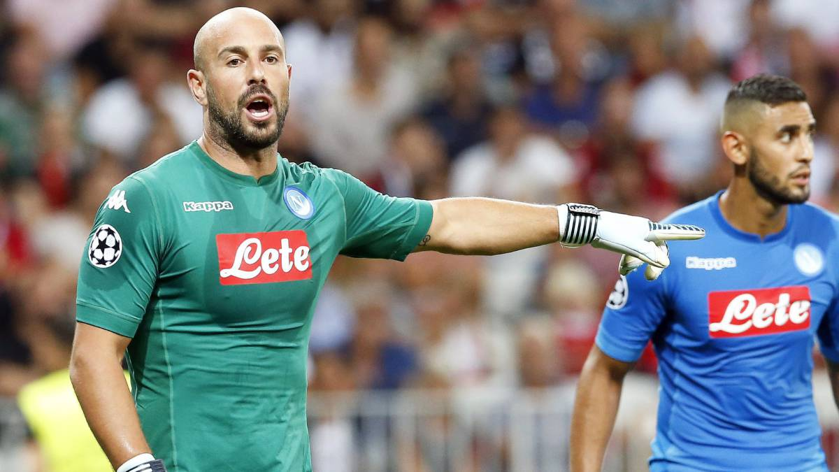 Paris Saint Germain eye Reina