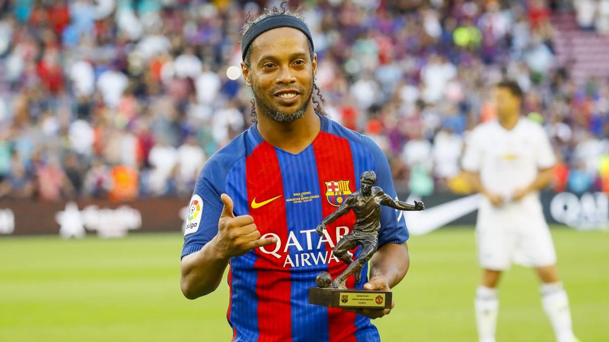 Barcelona Ronaldinho estará muy pen nte del Atl¨tic Sant Just