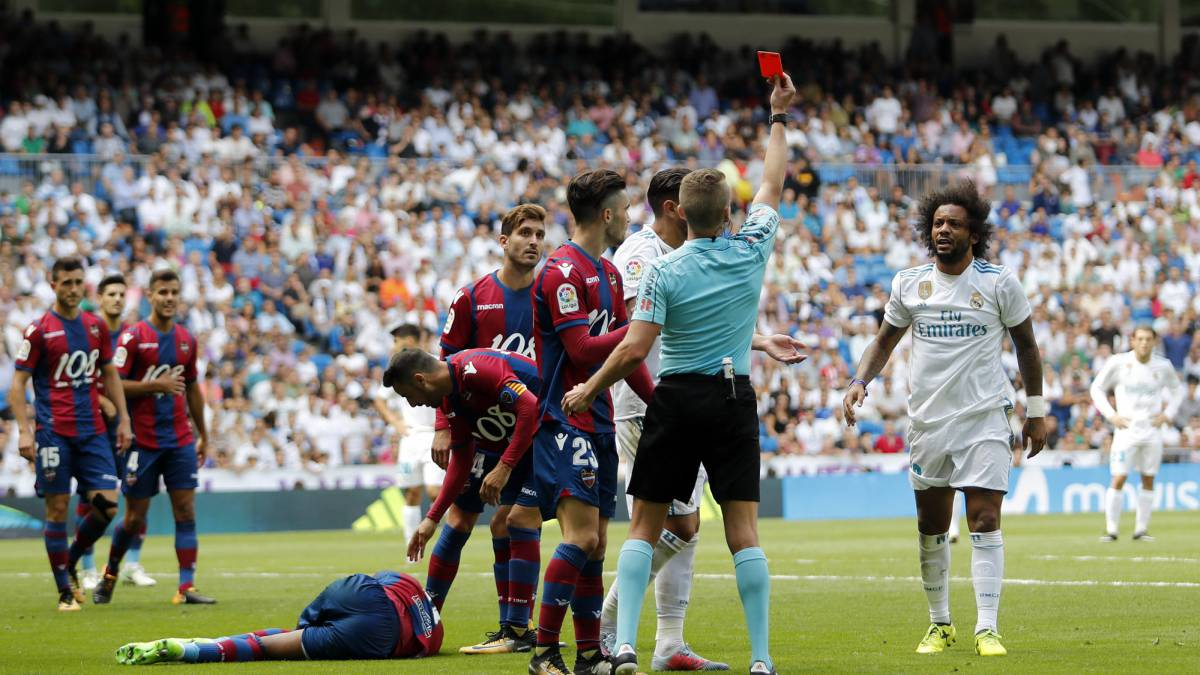 Marcelo slapped with two-match ban for Levante red card