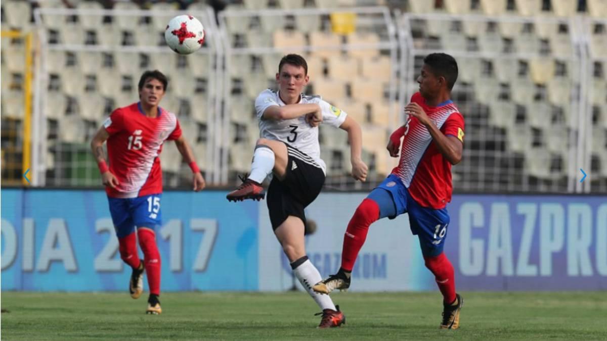 Awuku le dio el triunfo a Alemania sobre el final