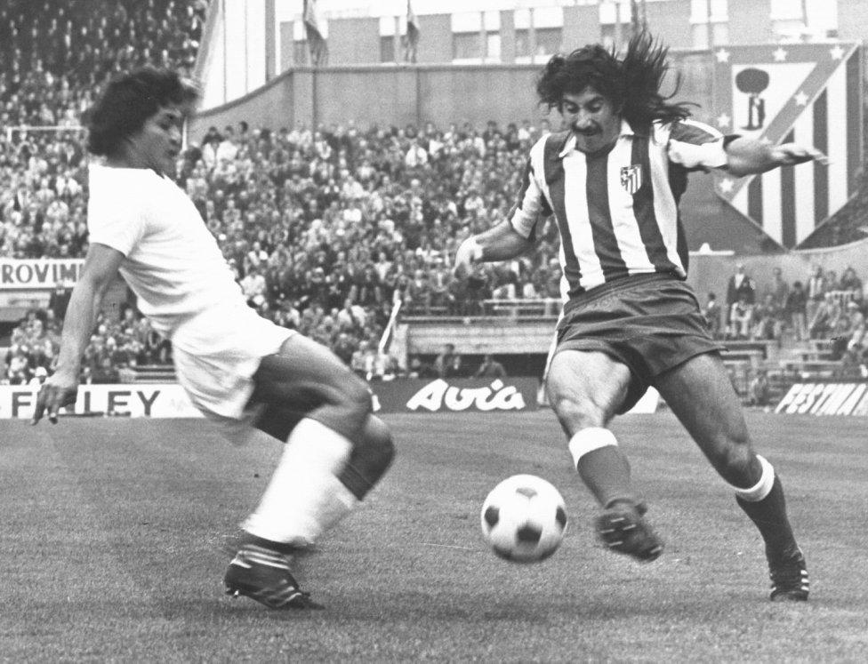 Rubén Ayala (Argentina) Jugó 214 partidos desde la temporada 73/74 hasta la 79/80.