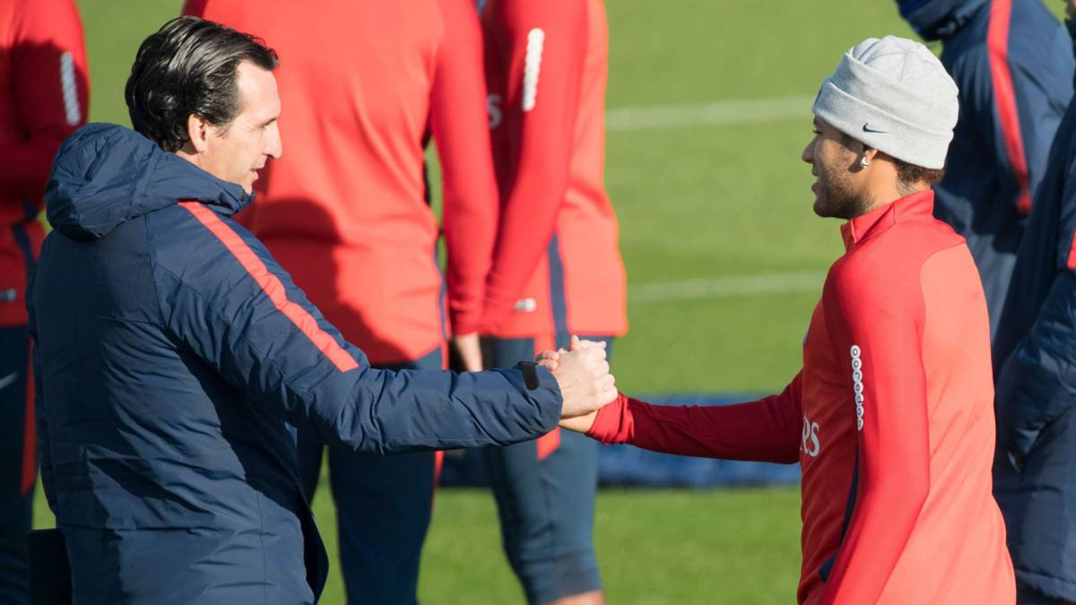 Neymar will remain at Paris Saint-Germain, says Unai Emery