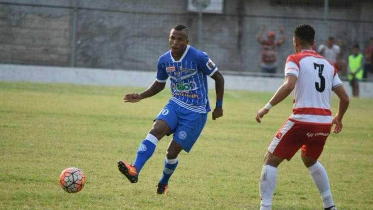 Un futbolista brasileño murió en un tiroteo