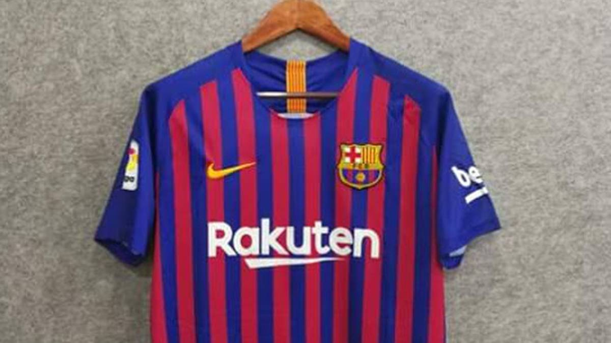 2018 19 Barcelona Nike home shirt  first photos emerge online - AS.com 839e0c21366fe
