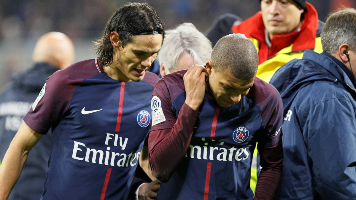 Mbappe sent off as PSG beat Rennes to reach Cup final