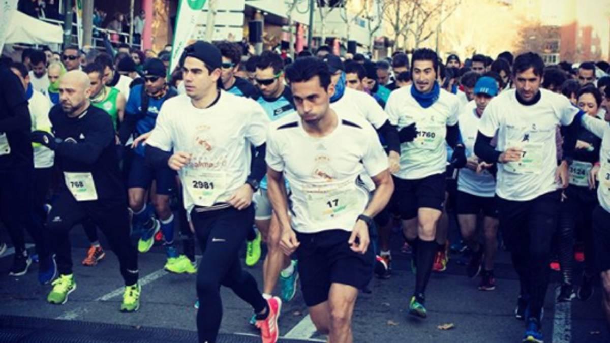 REAL MADRID  Arbeloa  funde  a Raúl en la carrera de la Fundación ... 11adb9a78ef03