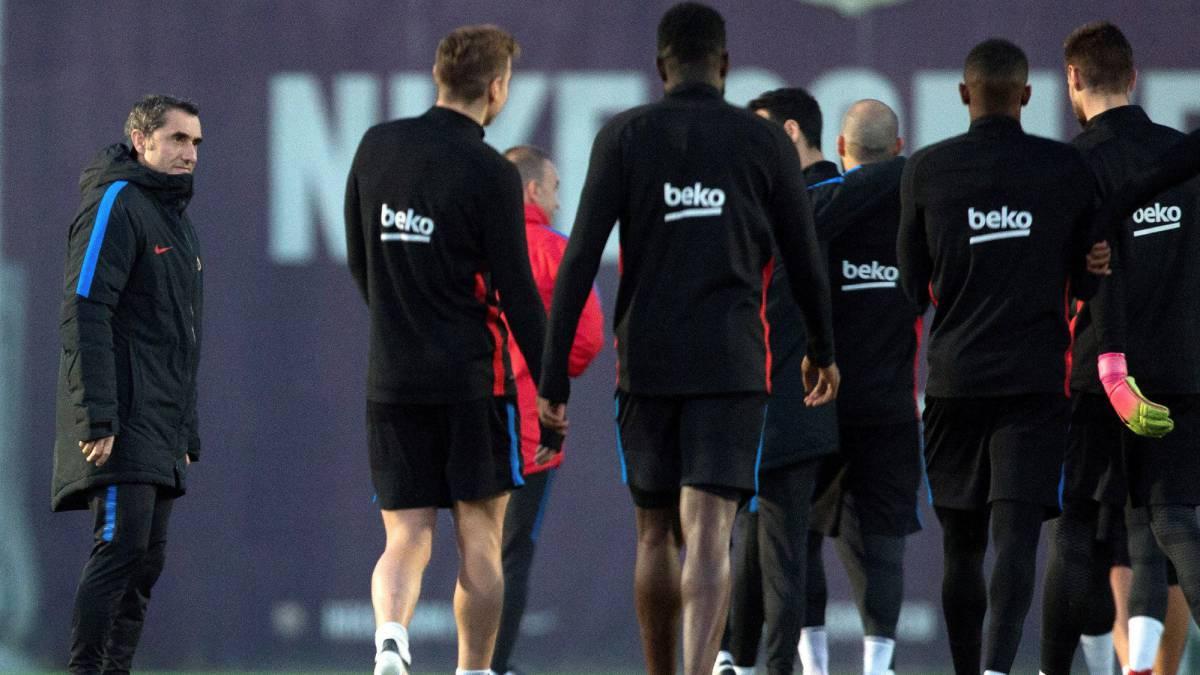Barcelona | Segura y Robert complacen a Valverde: plantilla de 22 ...
