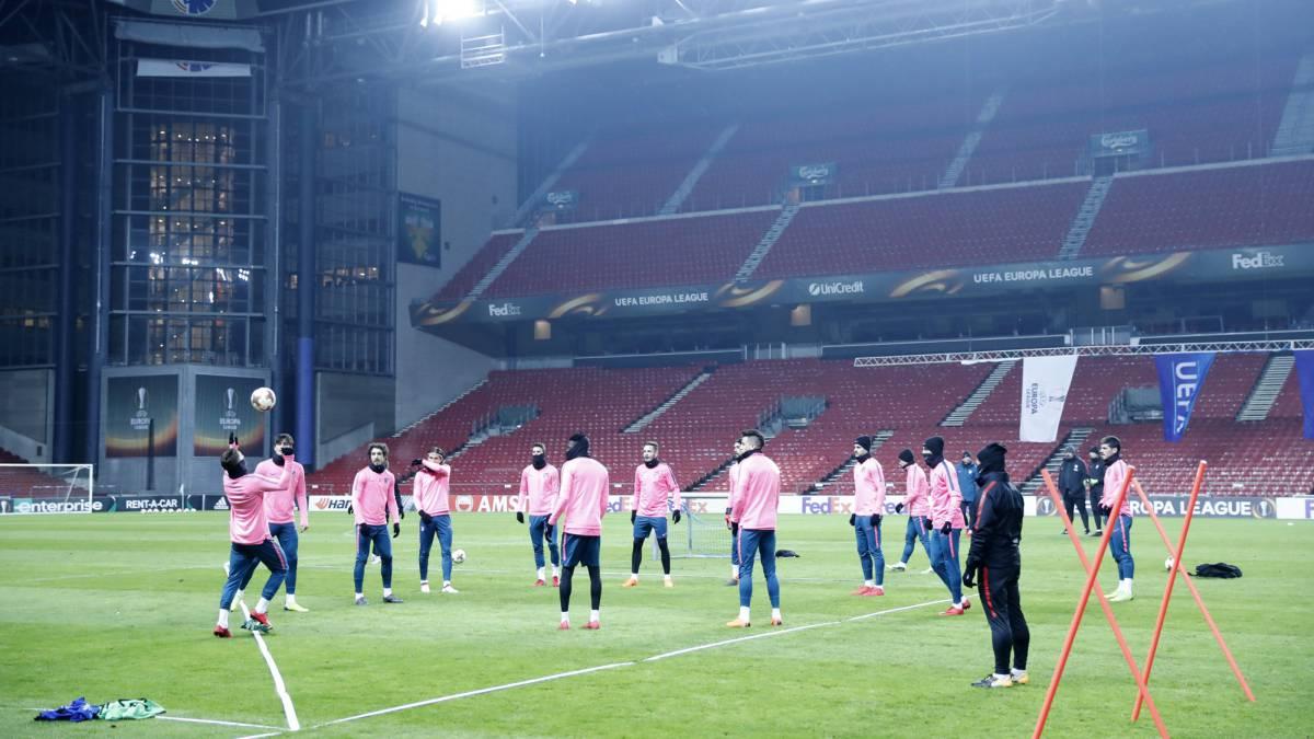 Con un pie en octavos: Atlético de Madrid goleó a Copenhague