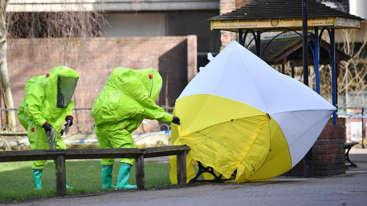 UK military called to help spy poisoning probe