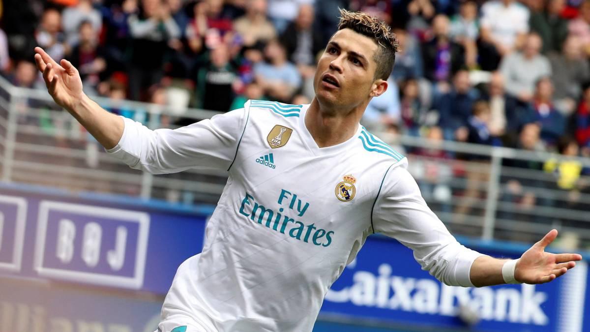 Cristiano Ronaldo guía al Real Madrid en sufrido triunfo sobre Éibar