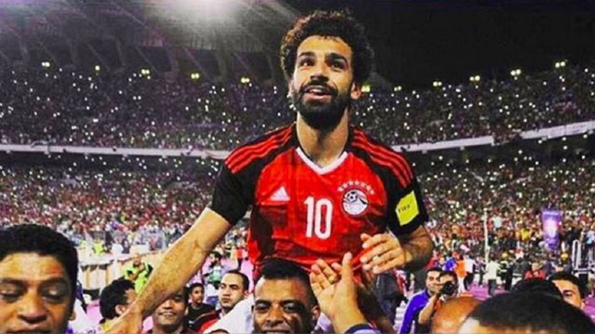 34ac9b53c65 Liverpool   Mo Salah, the goal king who in Egypt is a charitable ...
