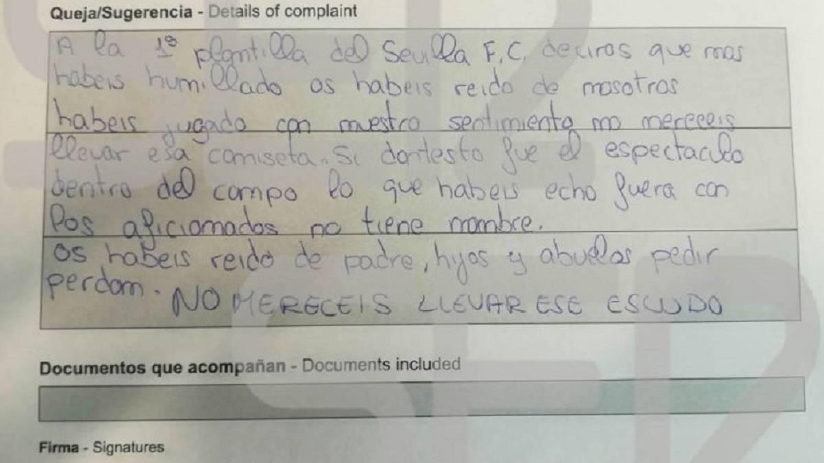La hoja de reclamaciones de un socio del Sevilla por la Copa - AS USA