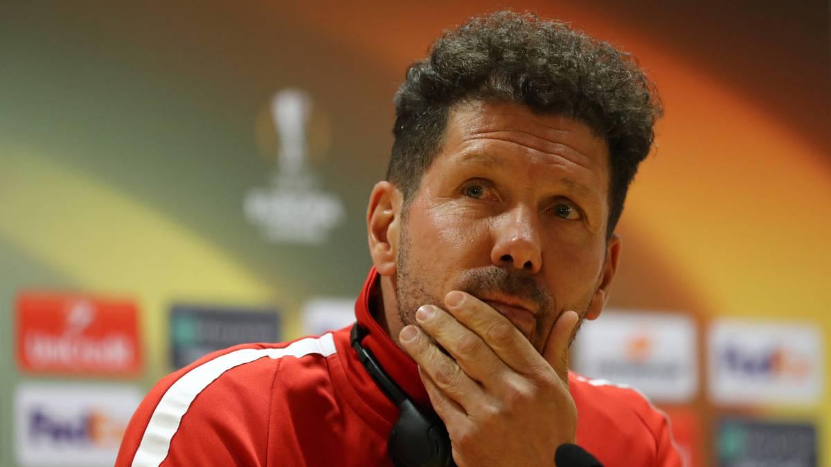 Vrsaljko and Simeone sent off in dramatic start to Arsenal v Atletico