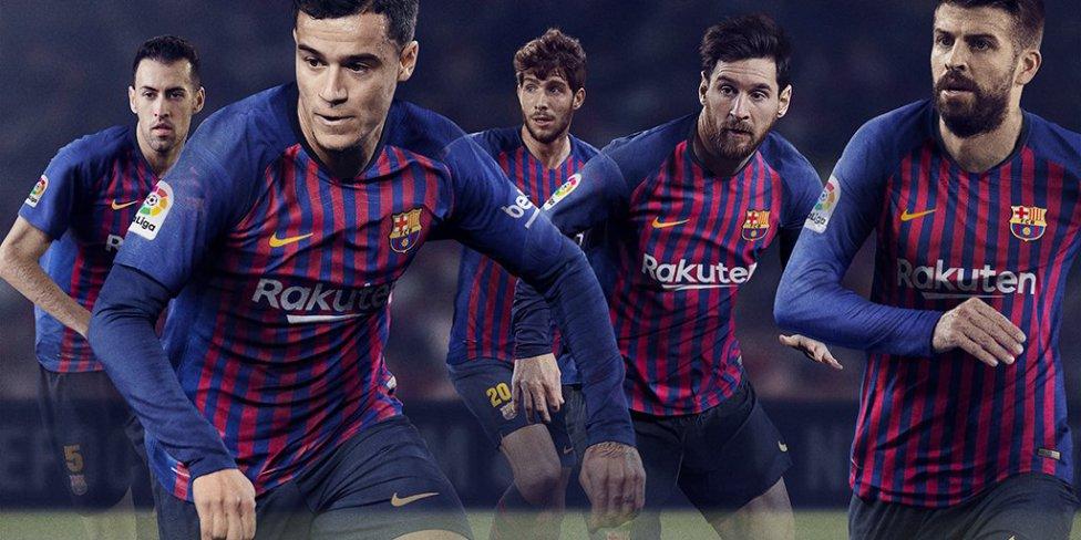 حفل تقديم القميص الجديد لنادي برشلونة لموسم 2018-2019 1526726915_488256_1526727136_album_grande