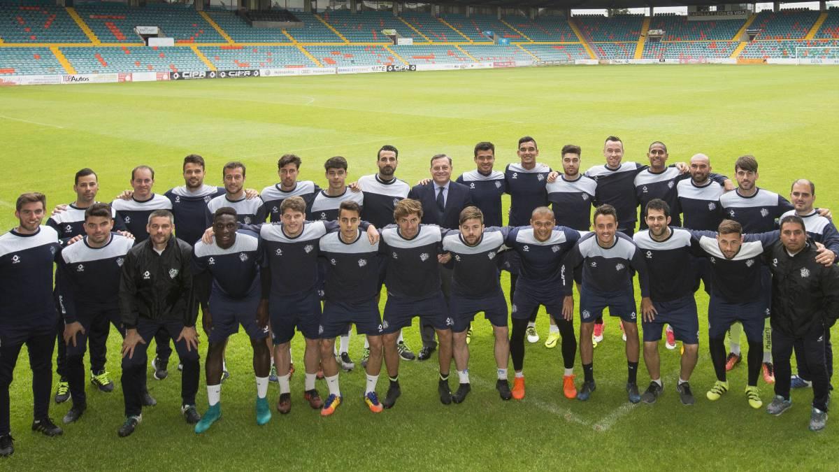 La ciudad de Salamanca vuelve a apasionarse con el fútbol - AS.com fb65b734b52