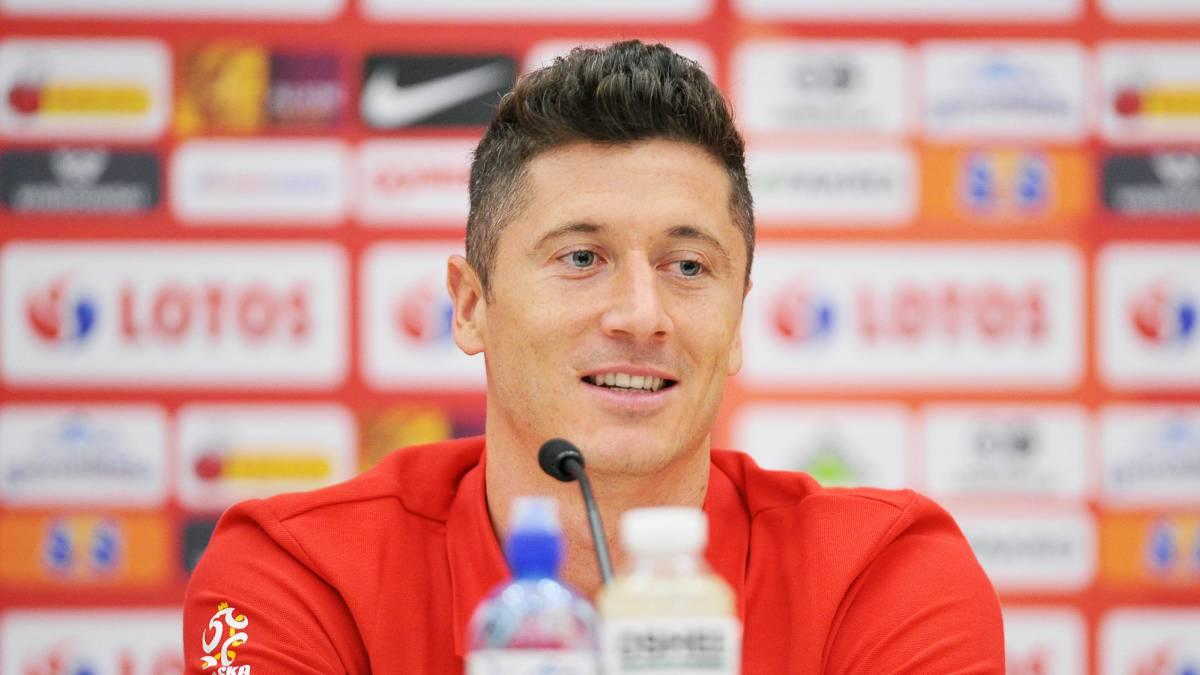 Representante asegura que Robert Lewandowski quiere dejar Bayern buscando