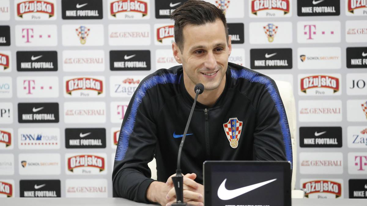 Croatia's Nikola Kalinic sent home from World Cup due to back injury
