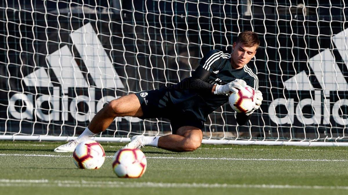 2f2438fbd Real Madrid close to ending 26-year record of having keeper from  La  Fabrica  - AS.com