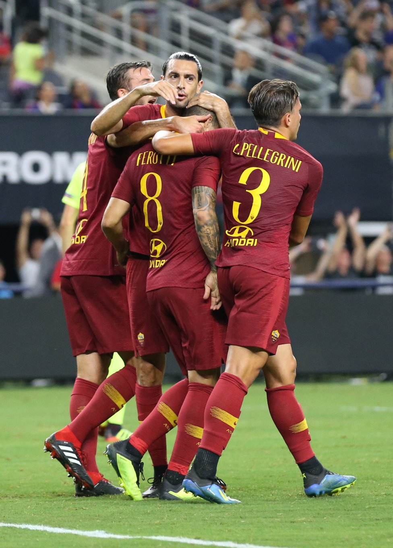 صور مباراة : برشلونة - روما 4-2 ( 01-08-2018 )  1533094115_173347_1533097866_album_grande