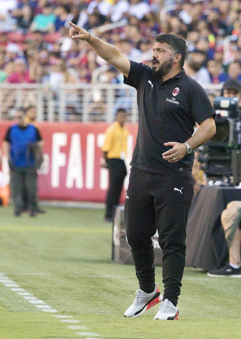 صور مباراة : برشلونة - ميلان 0-1 ( 05-08-2018 )  1533420980_381744_1533430338_album_grande