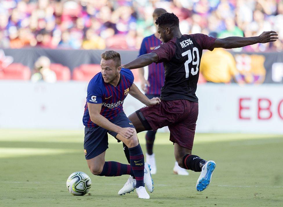 صور مباراة : برشلونة - ميلان 0-1 ( 05-08-2018 )  1533420980_381744_1533430340_album_grande