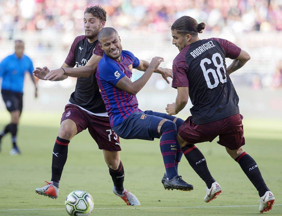صور مباراة : برشلونة - ميلان 0-1 ( 05-08-2018 )  1533420980_381744_1533434056_album_grande