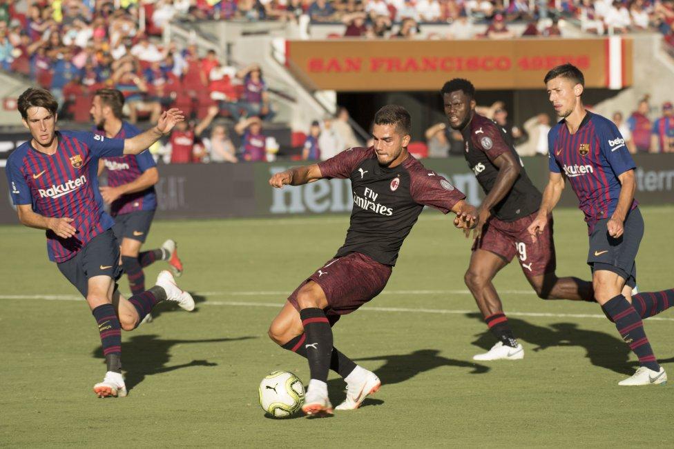 صور مباراة : برشلونة - ميلان 0-1 ( 05-08-2018 )  1533420980_381744_1533436026_album_grande