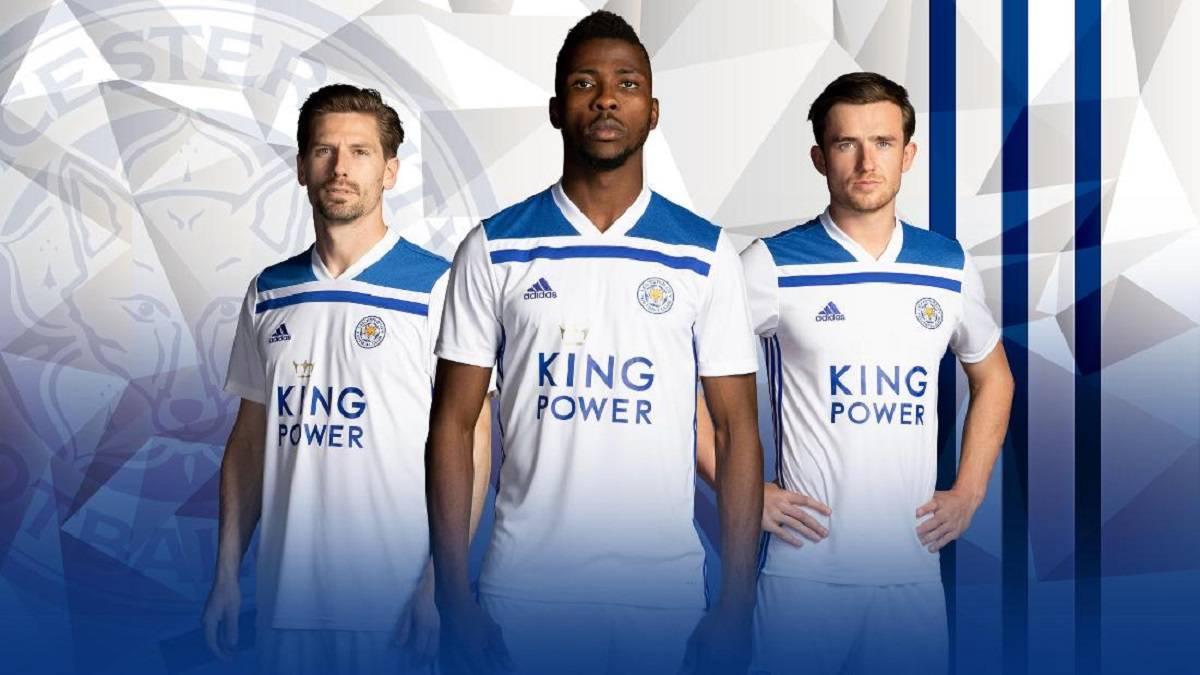Cabreo en Leicester por su nueva camiseta  de catálogo  - AS.com 7ff2ceee7456a