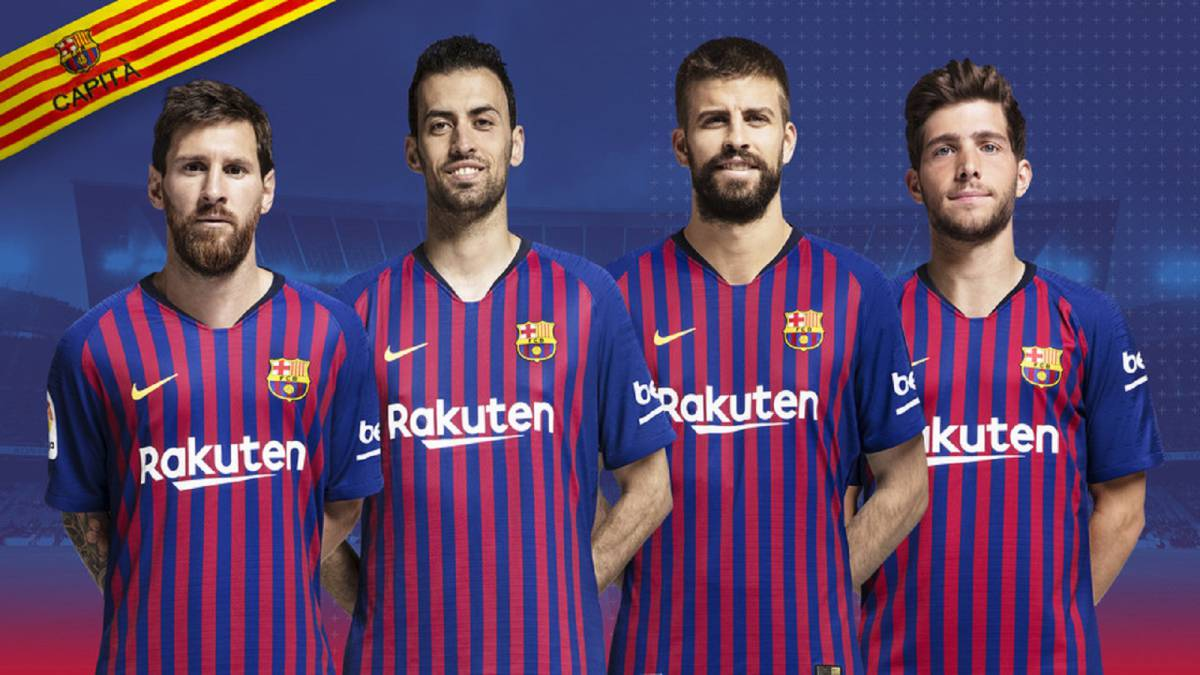 Pique and Sergi Roberto named as new Barcelona captains