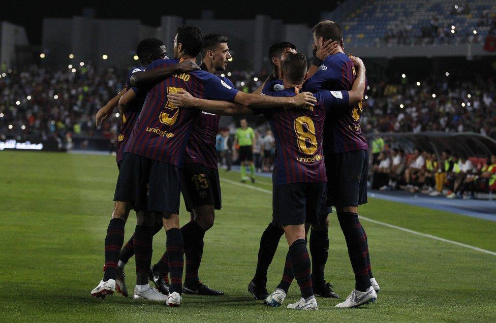 صور مباراة : برشلونة - إشبيلية 2-1 ( 13-08-2018 )  1534099849_559450_1534107803_album_grande