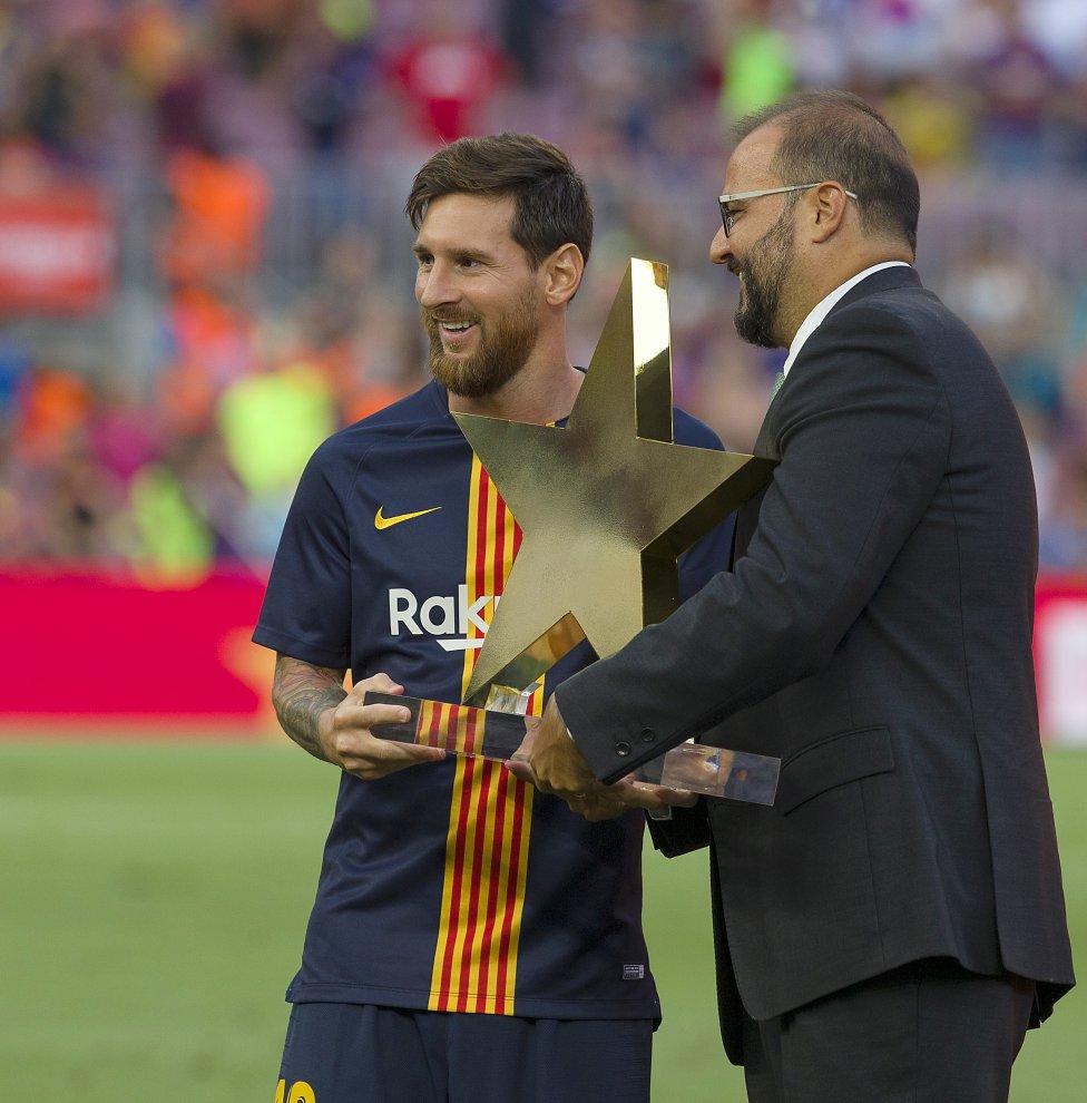 صور مباراة : برشلونة - بوكا جونيورز ( 16-08-2018 )  1534348719_296762_1534358931_album_grande
