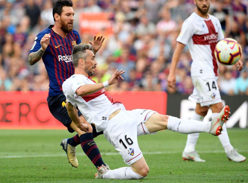 صور مباراة : برشلونة - هويسكا 8-2 ( 02-09-2018 )  1535906169_326049_1535907505_album_grande