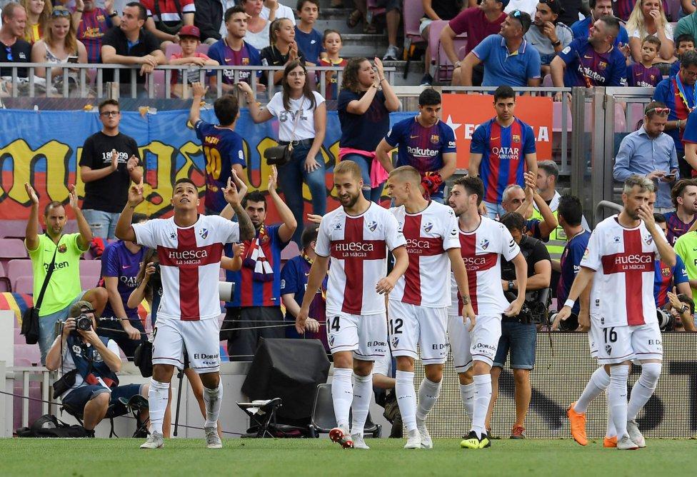 صور مباراة : برشلونة - هويسكا 8-2 ( 02-09-2018 )  1535906169_326049_1535907509_album_grande