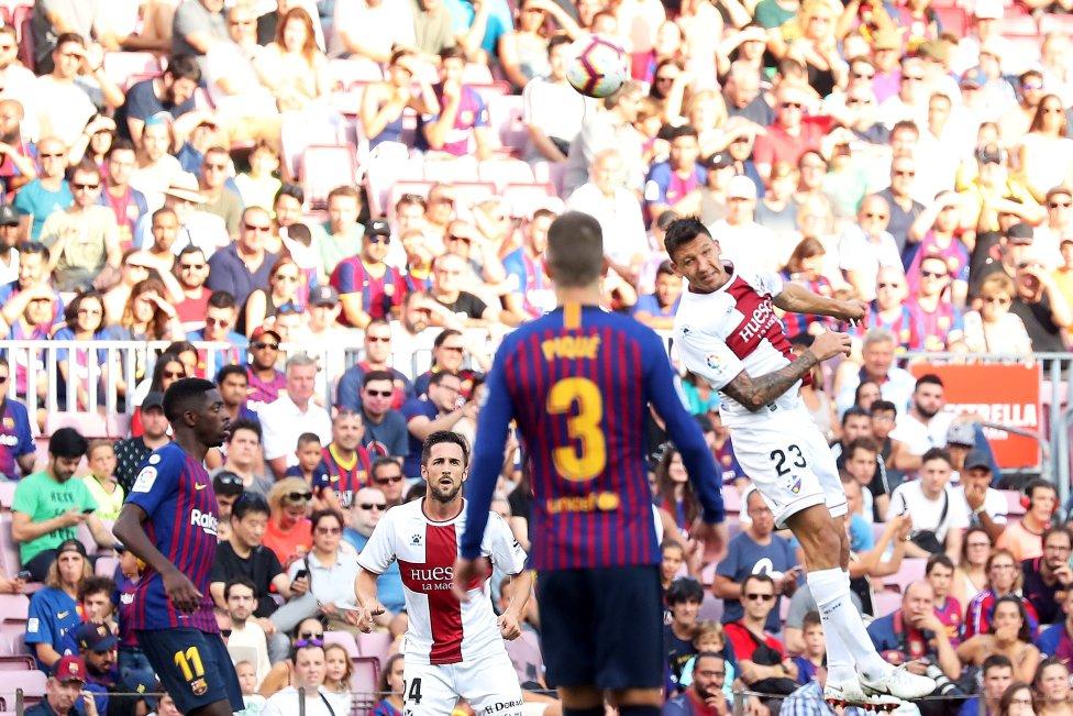 صور مباراة : برشلونة - هويسكا 8-2 ( 02-09-2018 )  1535906169_326049_1535908181_album_grande