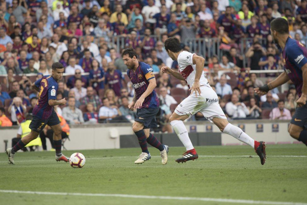 صور مباراة : برشلونة - هويسكا 8-2 ( 02-09-2018 )  1535906169_326049_1535908196_album_grande