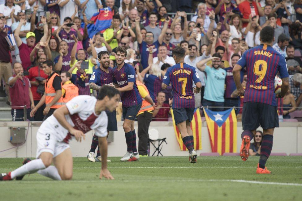 صور مباراة : برشلونة - هويسكا 8-2 ( 02-09-2018 )  1535906169_326049_1535908205_album_grande