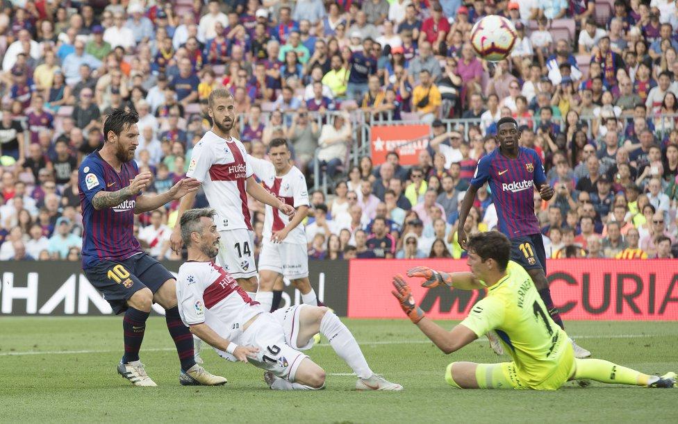 صور مباراة : برشلونة - هويسكا 8-2 ( 02-09-2018 )  1535906169_326049_1535909576_album_grande