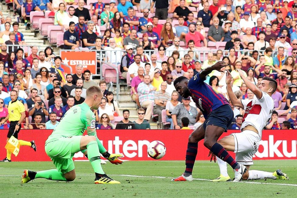 صور مباراة : برشلونة - هويسكا 8-2 ( 02-09-2018 )  1535906169_326049_1535909580_album_grande