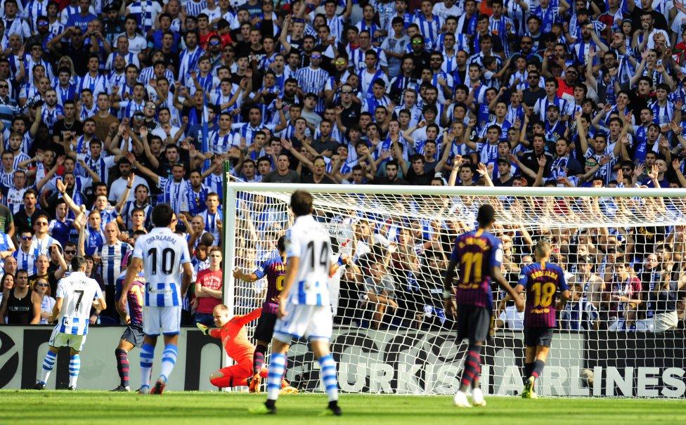 صور مباراة : ريال سوسيداد - برشلونة 1-2 ( 15-09-2018 ) 1537020921_207758_1537023636_album_grande
