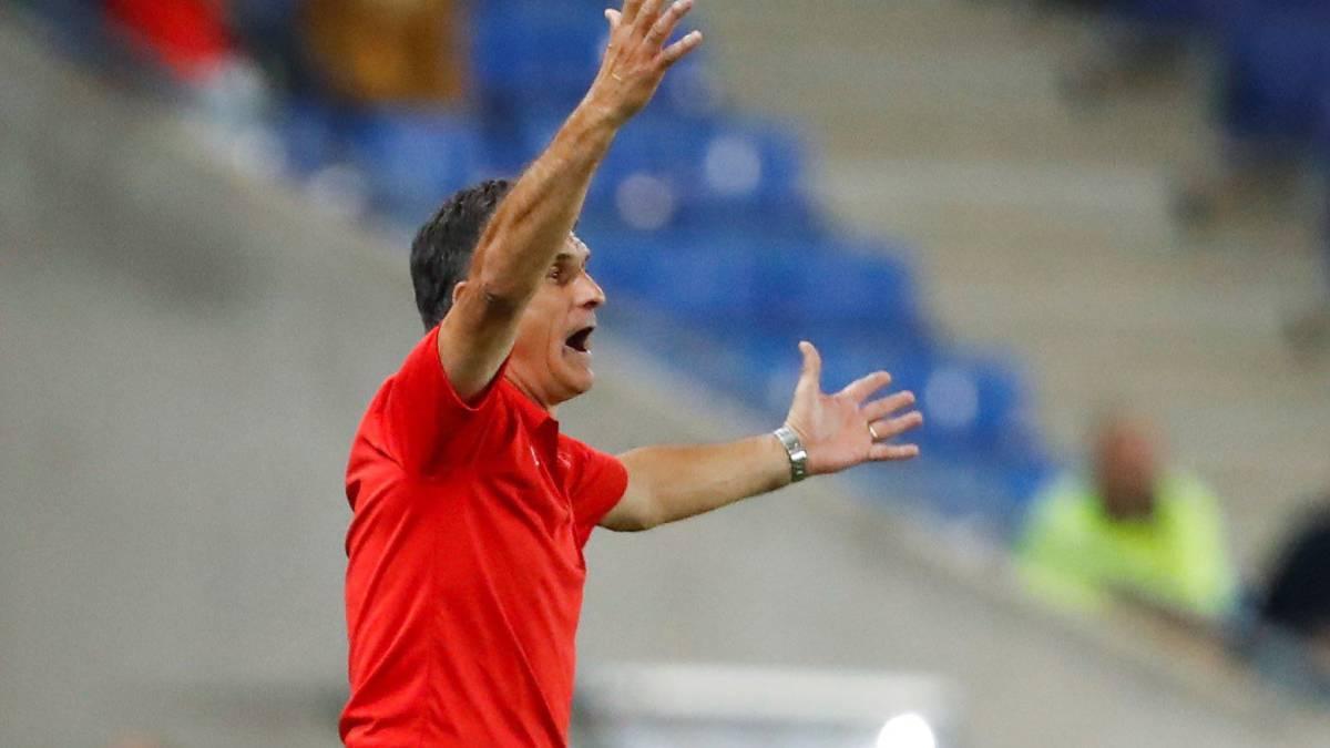 Se derrumbó la tribuna del Sevilla tras el gol de Banega