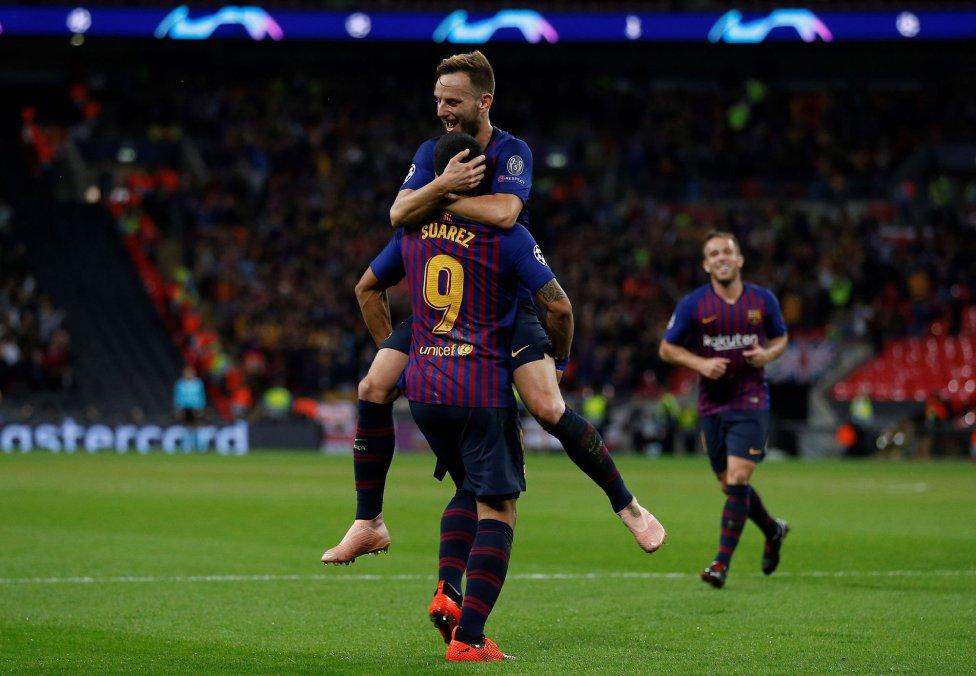 صور مباراة : توتنهام - برشلونة 2-4 ( 03-10-2018 )  1538590694_056078_1538595746_album_grande
