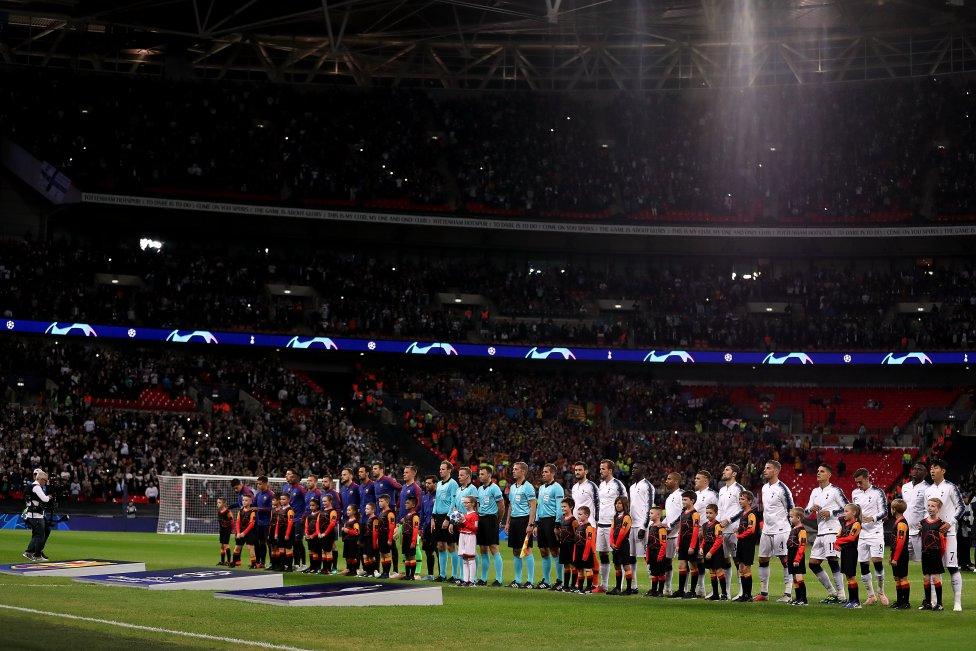 صور مباراة : توتنهام - برشلونة 2-4 ( 03-10-2018 )  1538590694_056078_1538596104_album_grande