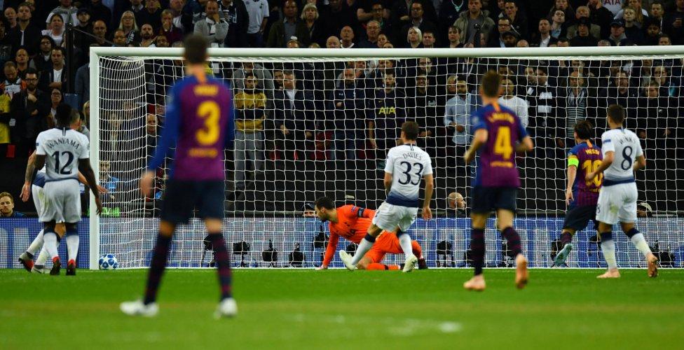 صور مباراة : توتنهام - برشلونة 2-4 ( 03-10-2018 )  1538590694_056078_1538598395_album_grande