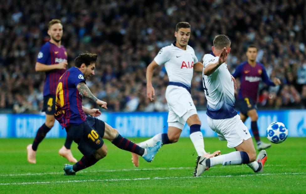 صور مباراة : توتنهام - برشلونة 2-4 ( 03-10-2018 )  1538590694_056078_1538598474_album_grande