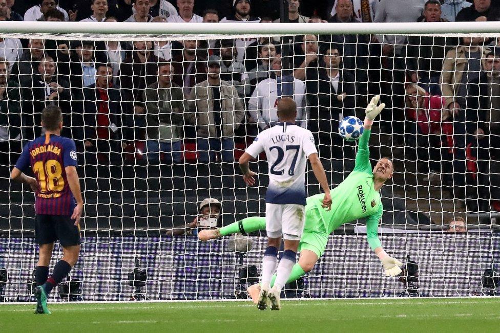 صور مباراة : توتنهام - برشلونة 2-4 ( 03-10-2018 )  1538590694_056078_1538599481_album_grande