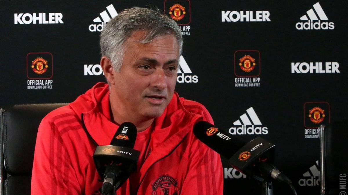 Alexis Sánchez le dio el triunfo en la agonía a Manchester United