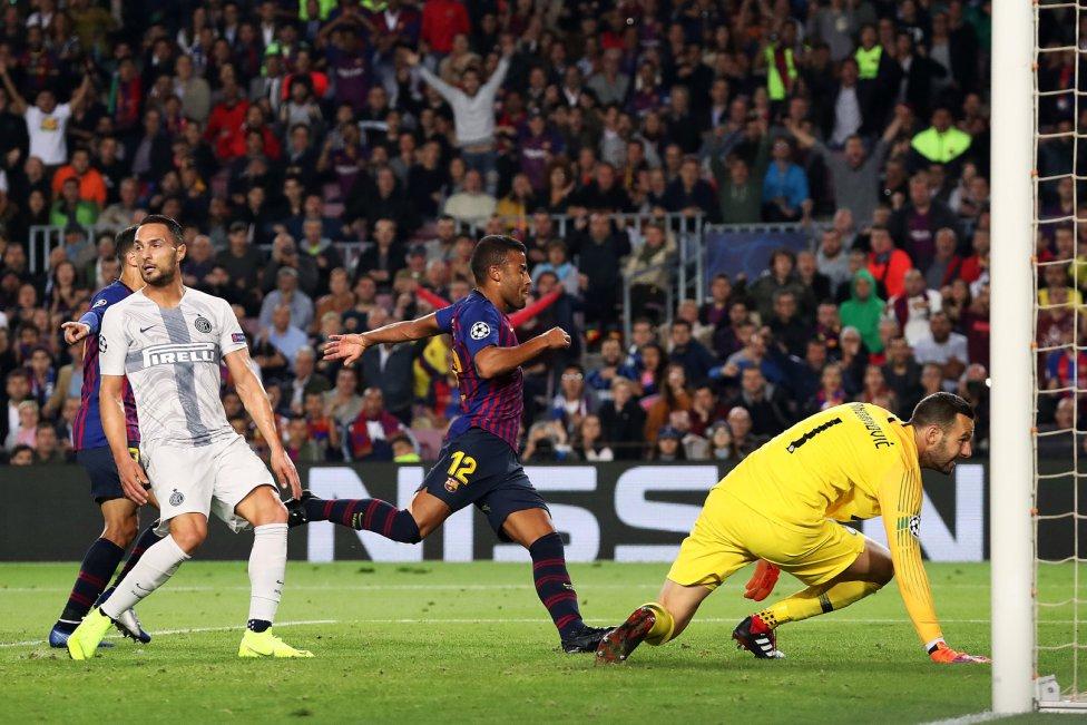 صور مباراة : برشلونة - إنتر ميلان 2-0 ( 24-10-2018 )  1540408387_114463_1540413578_album_grande